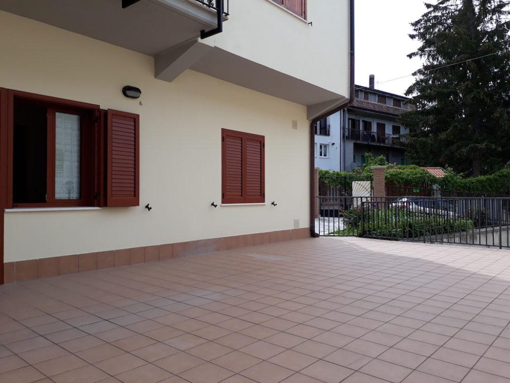 Appartamento completamente rinnovato con ampio terrazzo, affitti a Campo di Giove