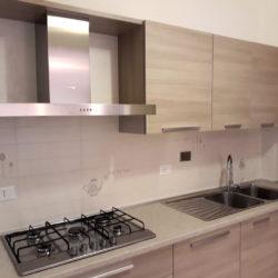 Appartamento completamente ristrutturato in affitto a Campo di Giove, cucina